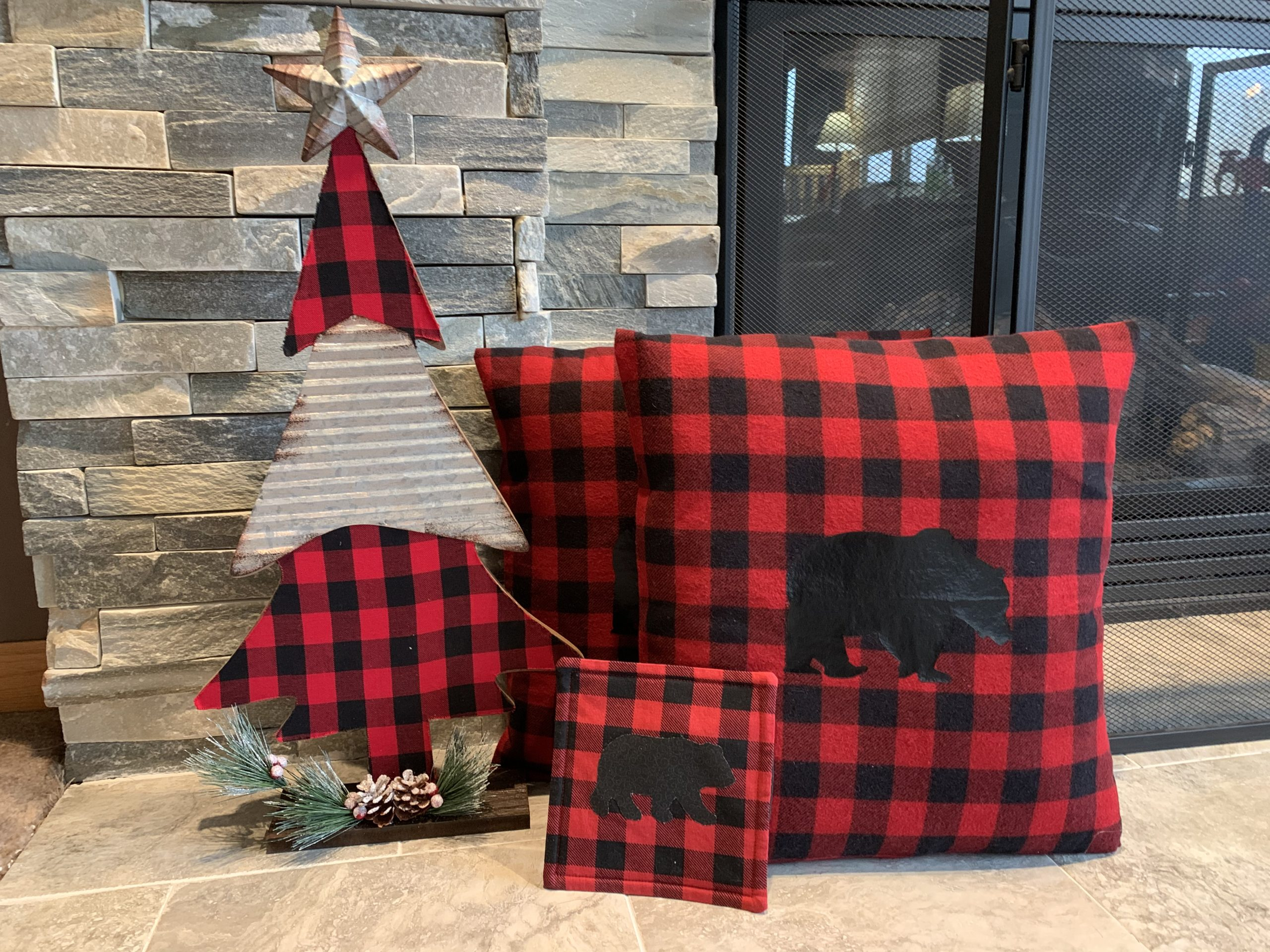 Bear Plaid Decor
